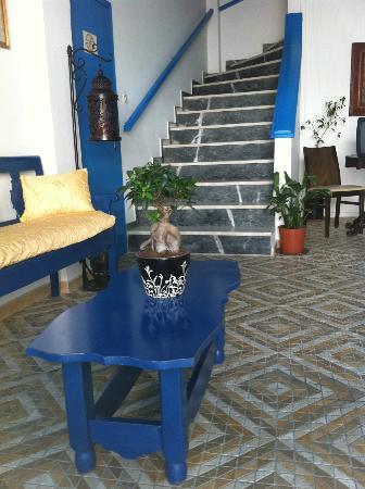Hotel Santorini: reception area