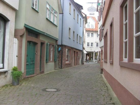 Neuplatz / Malerwinkel: Gerbergasse