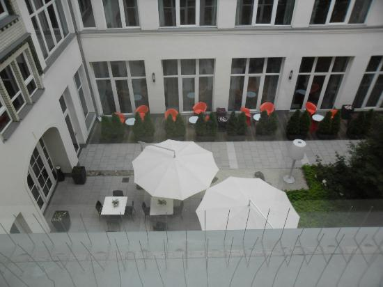 Adina Apartment Hotel Berlin Checkpoint Charlie: View