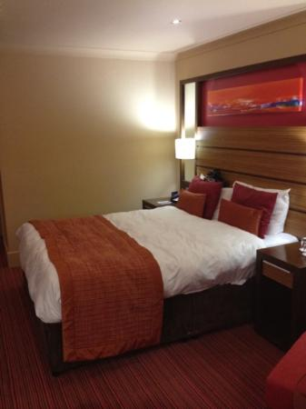 Ashford International Hotel: room