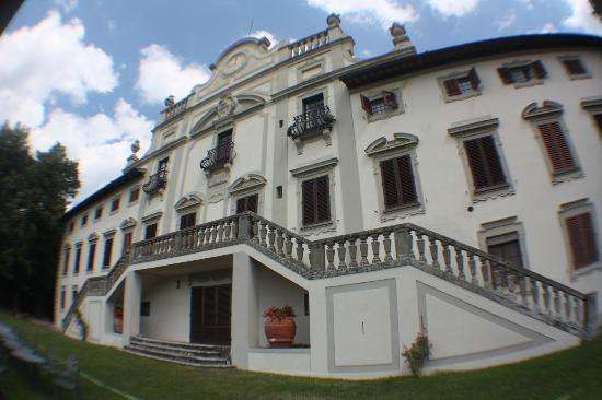 Villa  Vistarenni: Villa front
