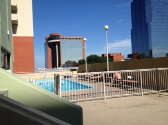 Doubletree Hotel Little Rock: Small pool, but nice