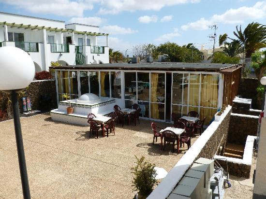 Apartamentos Guacimeta Lanzarote: bar