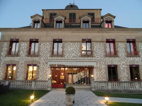 Domaine de la Corniche: The main hotel