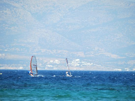 Saint George Hotel: Windsurfing between Paros and Naxos(Background)