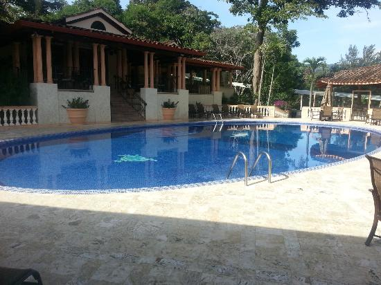 Ringle Resort Hotel & Spa: Pool