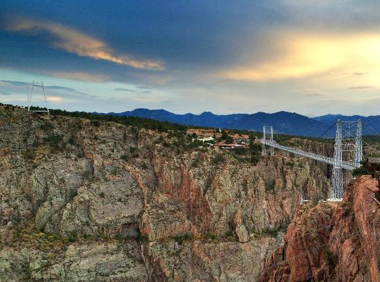 Royal Gorge Bridge and Park: Royal Gorge bridge at sunset