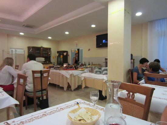 Hotel Elisir: Evening meal
