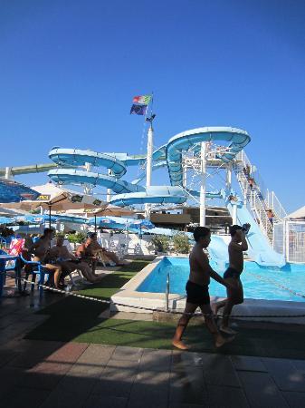Hotel Elisir: Arenas pool and slides