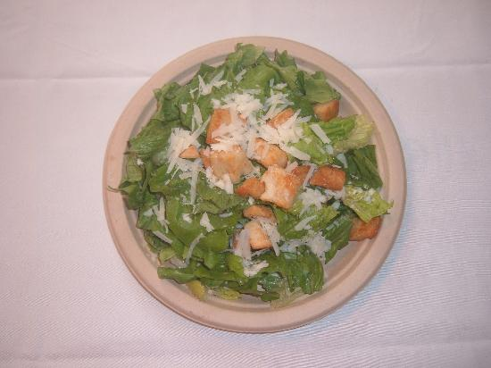 Mike's New York Pizzeria: Caesar Salad with Traditional Dressing