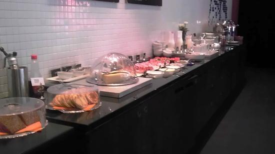 Hotel Aveny: The breakfast was great!