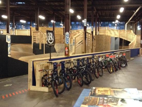 Cranx Indoor and Outdoor Bike & Sports Park: Cranx !!