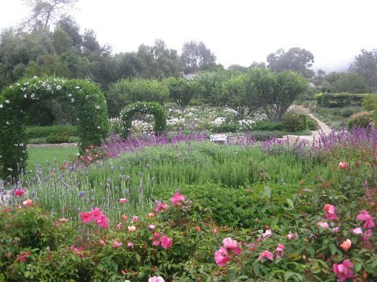 San Ysidro Ranch, a Ty Warner Property: Beautiful grounds