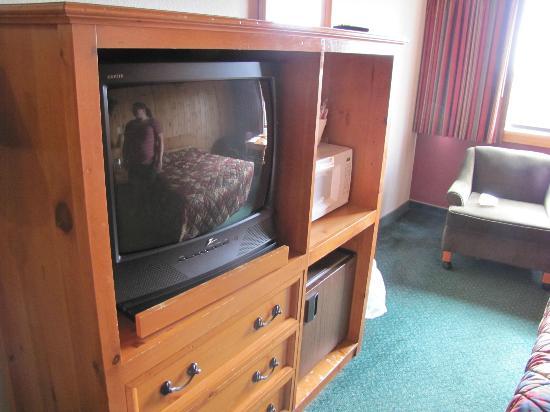 The Sands Resort: TV