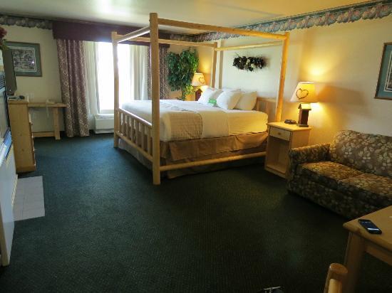 La Quinta Inn & Suites Kalispell: Suite