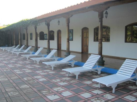 Hotel San Cristobal : Beach Chairs