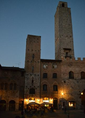 Fabio Apartments San Gimignano: Just outside