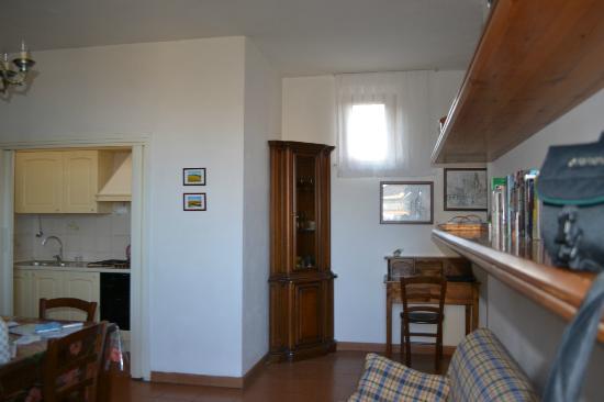 Fabio Apartments San Gimignano: Living room