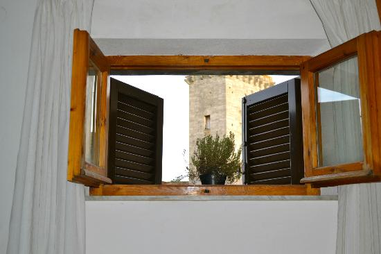 Fabio Apartments San Gimignano: View from entry