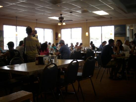 Paradise Pancake & Omelet House : busy