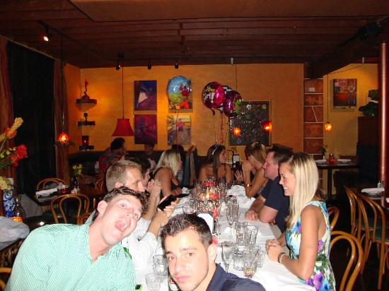Sunset Bar & Grill: Fun Party Place