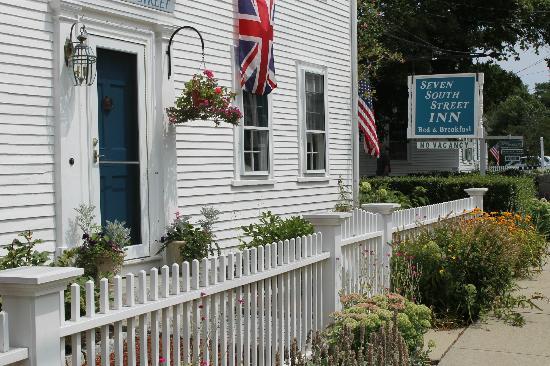 Seven South Street Inn: Partial street view
