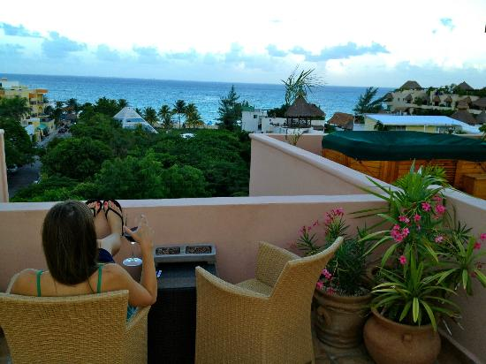 Acanto Condo Hotel & Vacation Rentals: View from the top