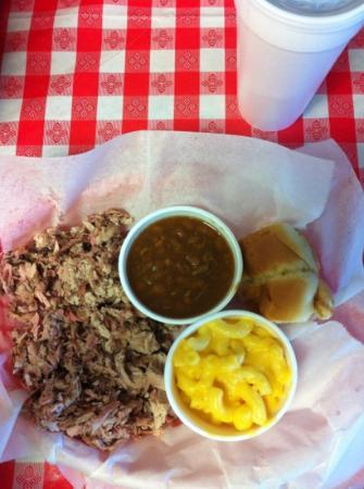 The Happy Hawg BBQ: Mmmm! Pork plate with Mac & Cheese and BBQ beans! :)
