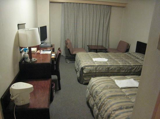 Maebashi Hotel: 前橋さくらホテルツインルーム
