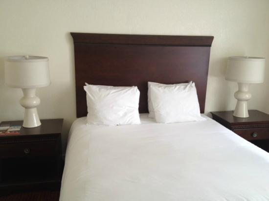 Hotel Atwater: Comfy bed