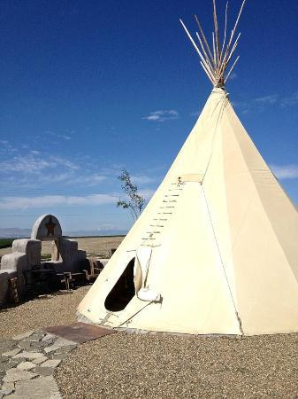 Cherry Wood Bed Breakfast and Barn: Lonestar Teepee