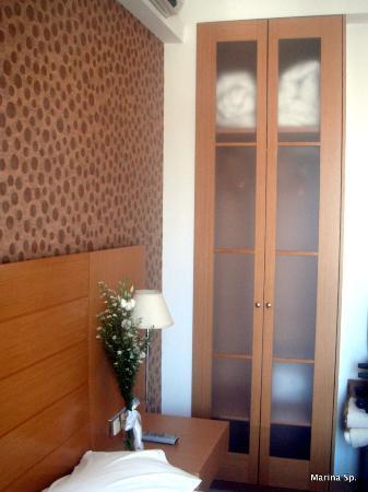 Deves Hotel: Το δωμάτιο