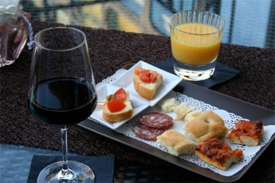 Hotel Villa Beccaris: Hapjes bij drankjes (vanaf 17u)