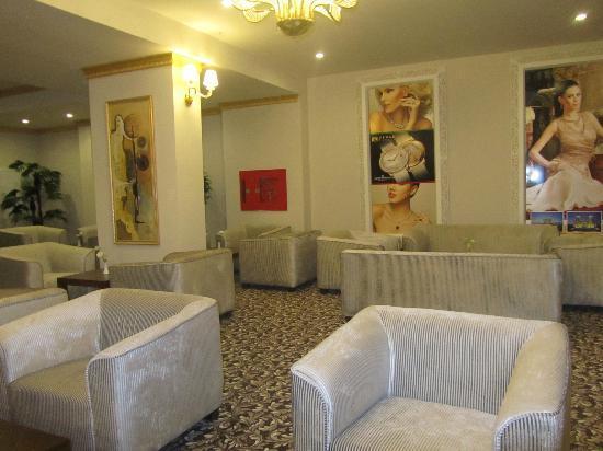 Crystal Tat Beach Golf Resort & Spa: Lobby
