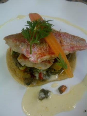Hotel Restaurant Entre Nous: Tarte Fine de Rouget