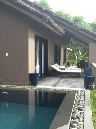 Vedana Lagoon Resort & Spa: extérieur d'une honeymoon pool villa