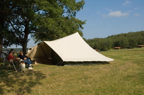 Camping Domaine de La Besse : Emplacement de camping