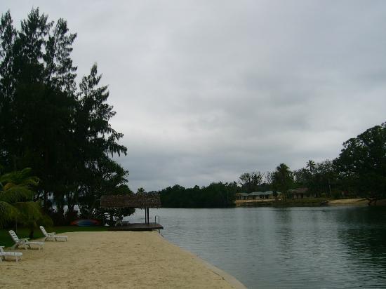 Tropicana Lagoon Apartments Resort: Across lagoon from Resort