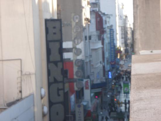 Regis Orho Hotel: Vista do Quarto 405 (último andar, visão para Lavalle)
