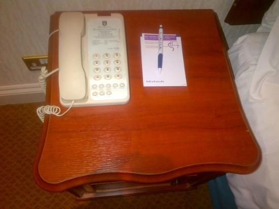 The Bromley Court Hotel : Telephone