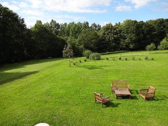Le Petit Chatelier : Rear gardens