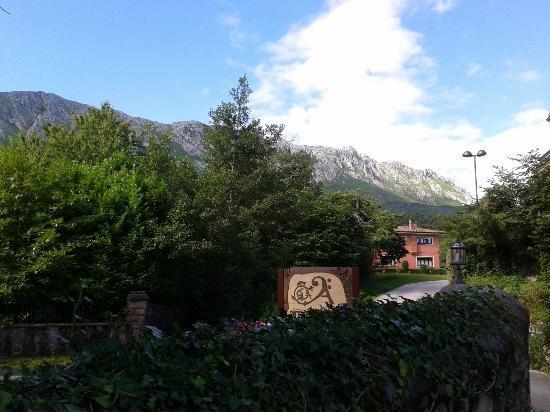 Hotel rural Arpa de Hierba: Hotel - entrada