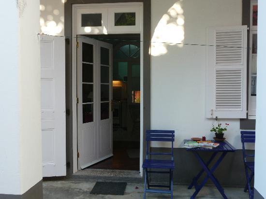 Casa Vitoriana: Goiaba from the courtyard