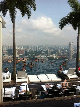 Crowded Pool Picture Of Marina Bay Sands Singapore Tripadvisor