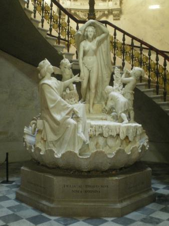 Museo Revoltella: scrosciare di acque nella rappresentazione della ninfa Aurusina alle foci del Timavo