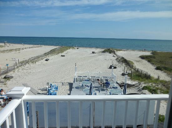 Winstead Inn and Beach Resort: View from the balcony