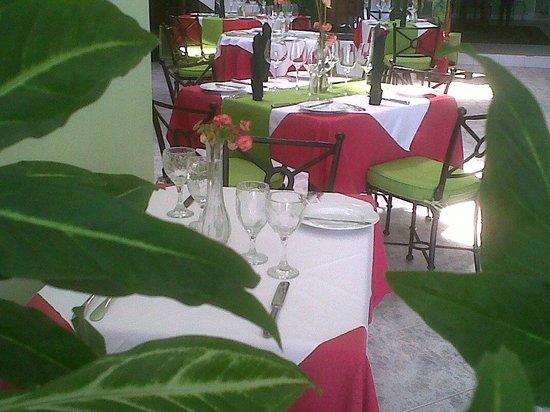 Ristorante Corallo at Royal Reef hotel
