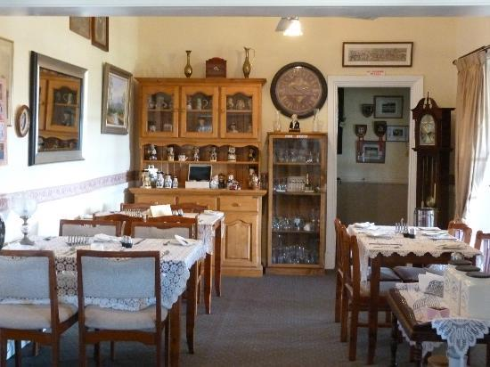 Ipswich View Bed & Breakfast: Beautiful dining area