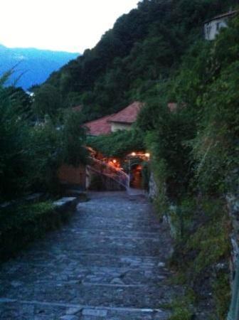 Nesso, Italie : Trattoria del porto - Careno