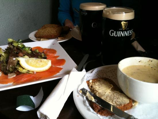 Naomh Colman Bed & Breakfast: Fine Irish Dining